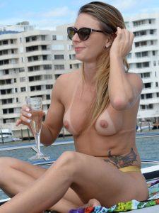 Marianne Ranieri – Topless em Miami