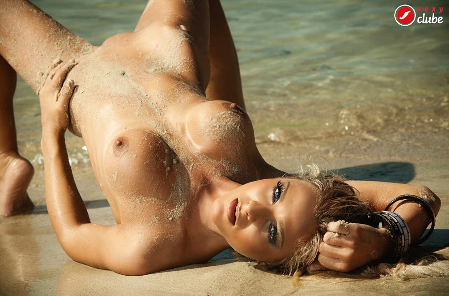Niege Menegat – Revista Sexy – Setembro 2014