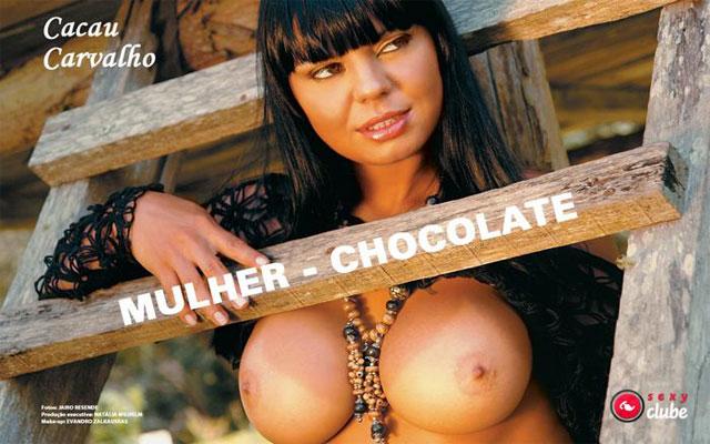 Cacau Carvalho – Mulher Chocolate mostra tudo em ensaio sensual