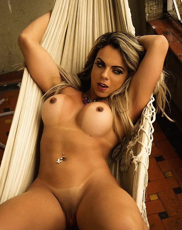 Tati Castro pelada, nua na Revista Sexy  (4)