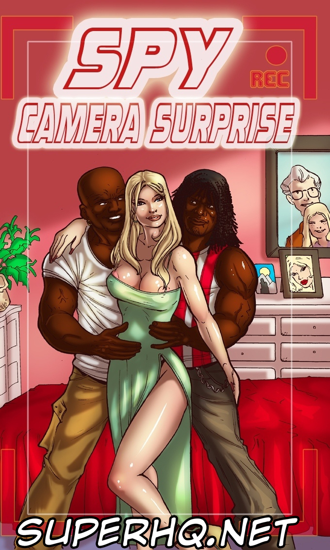 Spy Camera Surprise – BlackNWhiteComics